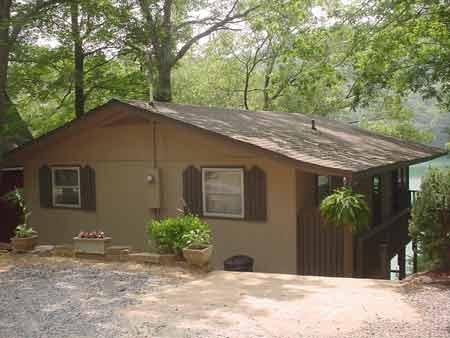 Lake Santeetlah Lake Front Vacation Cabin Home With