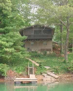 Lake santeetlah lake front vacation cabin home with for Cabin lake north carolina